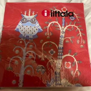 イッタラ(iittala)のイッタラ タイカ レッド限定色のペーパーナプキン 10枚(テーブル用品)