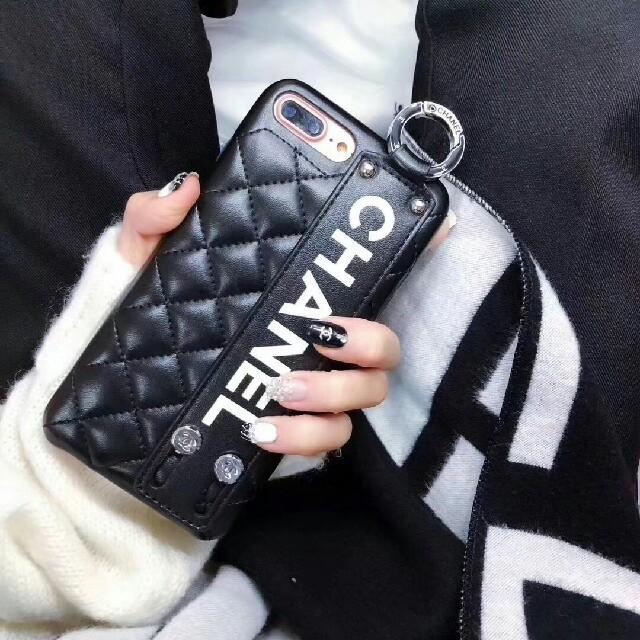 ルイヴィトン iphone8 カバー 人気 | CHANEL - CHANEL 新品! 携帯ケースの通販 by ョウキ's shop|シャネルならラクマ