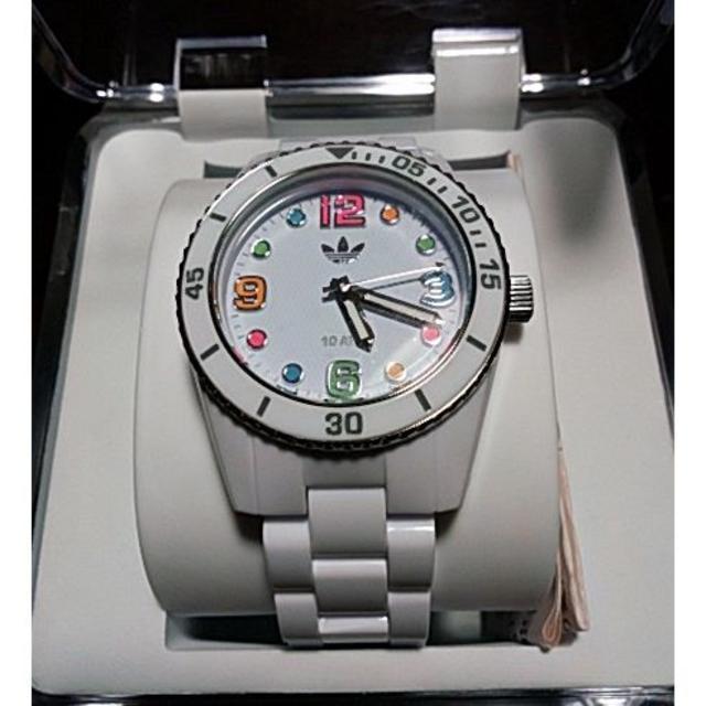 adidas(アディダス)のアディダス adidas ADH2941 BRISBANE ホワイト レディースのファッション小物(腕時計)の商品写真