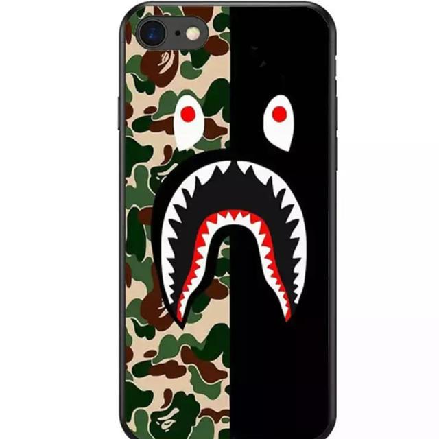 グッチ iphone8 ケース tpu / 大人気★ BAPE iPhoneケース ブランド サメ シリコンの通販 by リツshop 海外|ラクマ