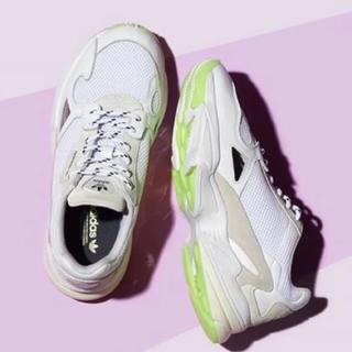 アディダス(adidas)のウータン様専用 emmi 別注 アディダス ファルコン falcon(スニーカー)