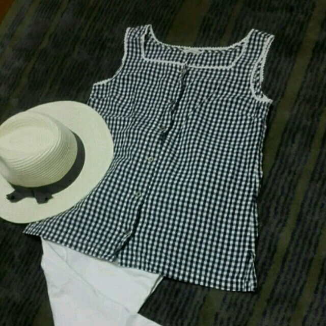DO!FAMILY(ドゥファミリー)の濃紺ギンガムチェック レディースのトップス(Tシャツ(半袖/袖なし))の商品写真