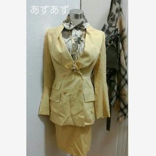 ヴィヴィアンウエストウッド(Vivienne Westwood)の稀少タグ エナメルオーブボタン セットアップスーツ ヴィヴィアン(スーツ)