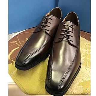 マドラス(madras)のmadras MODELLO1510キップ革スワールトウビジネス。ブラウン色。(ドレス/ビジネス)