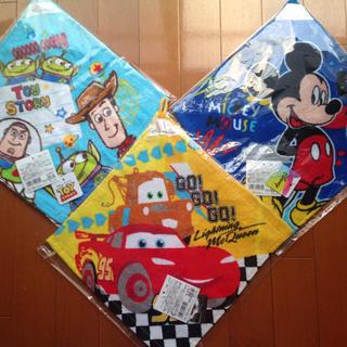 ディズニー(Disney)のループ付きタオル 男の子 幼稚園保育園 カーズ トイストーリー ハンドタオル(通園バッグ)