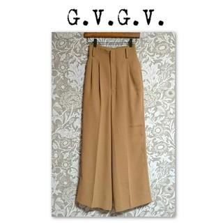 ジーヴィジーヴィ(G.V.G.V.)のg.v.g.v. ハイウエスト ワイドパンツ センタープレス camel(カジュアルパンツ)