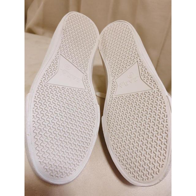 ZARA KIDS(ザラキッズ)の新品 ザラ スヌーピー スニーカー コラボ ザラキッズ サーフィン レディースの靴/シューズ(スニーカー)の商品写真