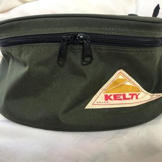 ケルティ(KELTY)のKELTY ナイロンボディバッグ カーキ(ボディーバッグ)