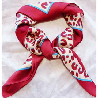ザラ(ZARA)のレオパード柄スカーフ レオパードスカーフ ワインレッドスカーフ ヒョウ柄(バンダナ/スカーフ)