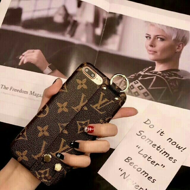 iphone8plus 透明 ケース 、 LOUIS VUITTON - 新品! LV 携帯ケースの通販 by 知実's shop|ルイヴィトンならラクマ