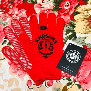 アンドサンズ(ANDSUNS)の★AND SUNS★アンドサンズ★滑り止め有り 手袋★レッド★防寒 作業等(手袋)