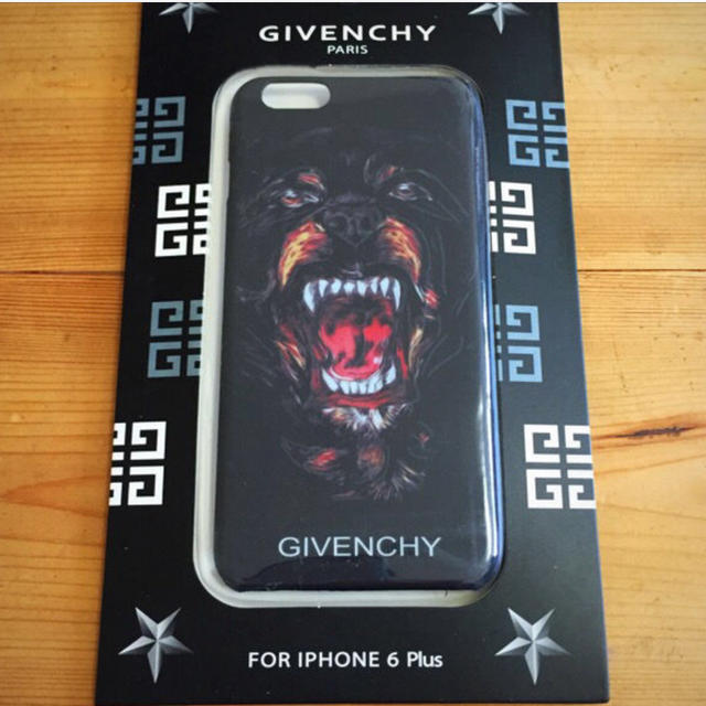 iphone7 ケース 張り付く | GIVENCHY - 新品未使用 GIVENCHY iphone 6plus ケースの通販 by IZ's shop|ジバンシィならラクマ