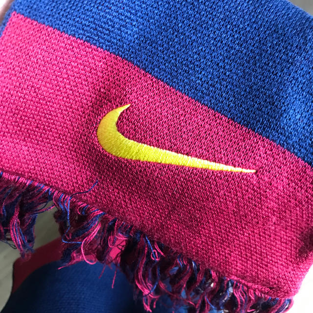 NIKE(ナイキ)のFC Barcelona マフラー スポーツ/アウトドアのサッカー/フットサル(応援グッズ)の商品写真