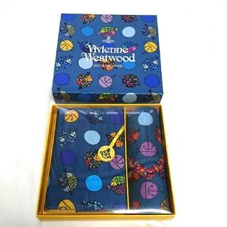 ヴィヴィアンウエストウッド(Vivienne Westwood)のヴィヴィアンウェストウッド 新品 ブックカバー& ハンカチ(ブックカバー)