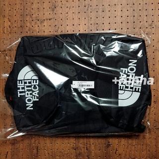 シュプリーム(Supreme)のSupreme North Face Arc Logo Duffle Bag(ドラムバッグ)