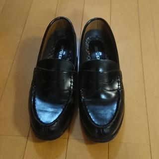 ナイスクラップ(NICE CLAUP)の専用⭐NICE CLAUP 洗える ローファー 黒 25EEE(ローファー/革靴)
