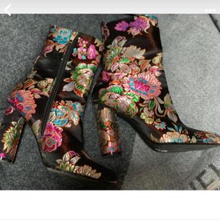 イエローブーツ(Yellow boots)のYELLOW 刺繍 ブーツ(ブーツ)