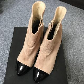 イーボル(EVOL)のショートブーツ 靴  (ブーティ)