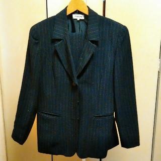 定価5万越え ペンシルストライプ パンツスーツ(テーラードジャケット)
