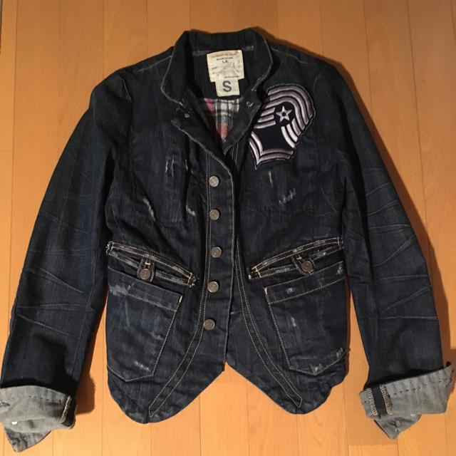TAVERNITI SO JEANS(タヴァニティソージーンズ)のTAVERNITI SO JEANS ジャケット レディースのジャケット/アウター(Gジャン/デニムジャケット)の商品写真