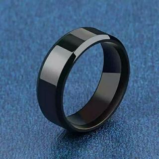 新品★送料無料★メタルブラックリング★8mm幅(リング(指輪))