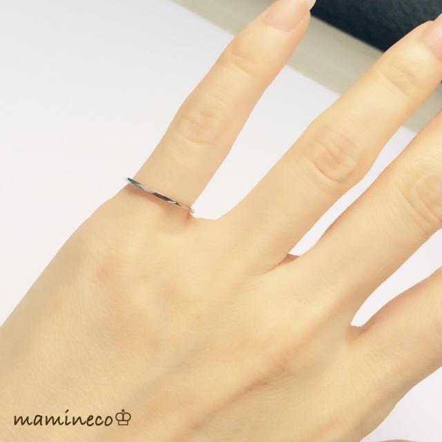 4号サイズ ステンレス製 シルバー色リング  カットタイプ 指輪 レディースのアクセサリー(リング(指輪))の商品写真