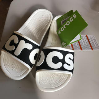 クロックス(crocs)のユキ様購入済★クロックス スローン ロゴ スライド(サンダル)