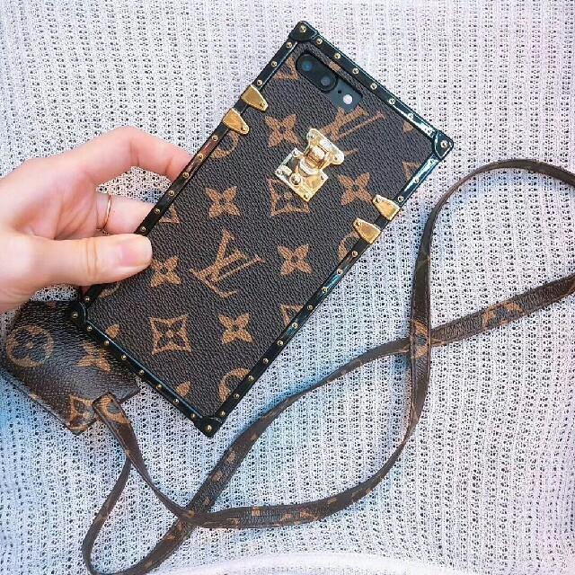 バーバリー iphone7plus ケース シリコン | LOUIS VUITTON - 新品! Louis Vuitton  携帯ケース アイフォンケースの通販 by dgrdg11's shop|ルイヴィトンならラクマ