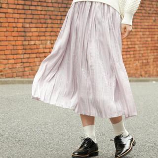 ミスティウーマン(mysty woman)の【本日で出品終了】mysty woman♡シャイニープリーツスカート(ロングスカート)