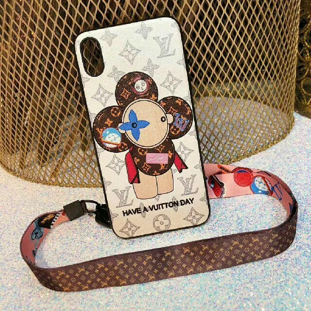 LOUIS VUITTON - LV携帯ケース iphoneアイフォンケースの通販 by 中島's shop|ルイヴィトンならラクマ