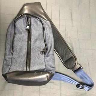 アディダス(adidas)のアディダス ワンショルダーバック(ショルダーバッグ)