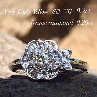 ひよこさん様♡専用です  18wg  煌めきフラワー ダイヤモンド リング(リング(指輪))