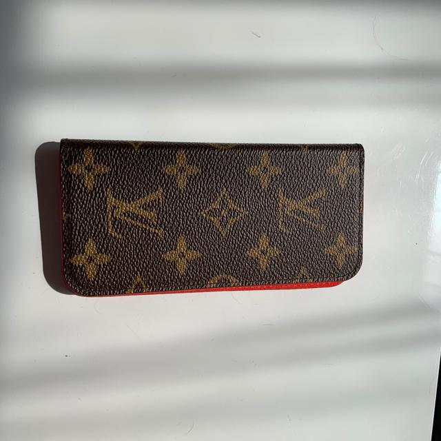 moschino iphone7 ケース 財布型 | LOUIS VUITTON - りんりん様専用  ルィヴィトンiPhoneケースの通販 by ちゅう's shop|ルイヴィトンならラクマ