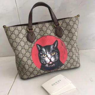 グッチ(Gucci)のグッチ・ミスティックキャット、ネコのトートバッグ(ヴィトン 、シャネル好き必見)(トートバッグ)