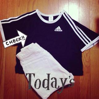 アディダス(adidas)のadidas✬Tシャツ(Tシャツ(半袖/袖なし))