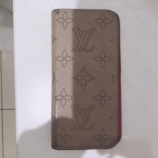 LOUIS VUITTON - ルイヴィトン iPhone ケース マヒナ の通販 by まる's shop|ルイヴィトンならラクマ