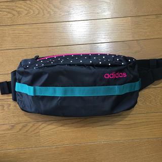 アディダス(adidas)のadidas♡ボディバッグ♡新品未使用(ボディバッグ/ウエストポーチ)