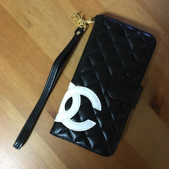 iphone 7 plus ケース 手帳 | CHANEL ☆ iPhoneケース 7.8対応の通販 by upinsmoke's shop|ラクマ