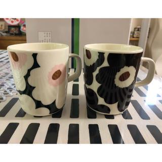 マリメッコ(marimekko)の新品マリメッコウニッコ限定カラーマグカップ2個セット(グラス/カップ)