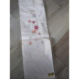半襟 半えり 花模様 ピンク 桃色 刺繍(和装小物)