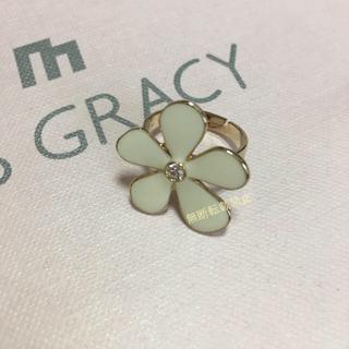 エムズグレイシー(M'S GRACY)の新品 エムズグレイシー お花ビジューのリング 指輪(リング(指輪))