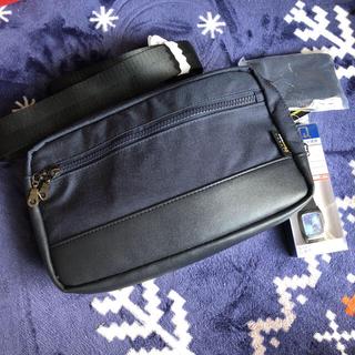 シマムラ(しまむら)の値下げ!ボディバッグ 2way 腕時計、カード入れポーチセット(ボディーバッグ)