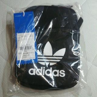 アディダス(adidas)のアディダス ミニショルダー(ショルダーバッグ)
