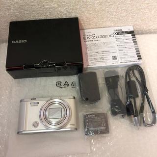 カシオ(CASIO)のCASIO デジタルカメラ EXILIM EX-ZR3200WE (コンパクトデジタルカメラ)