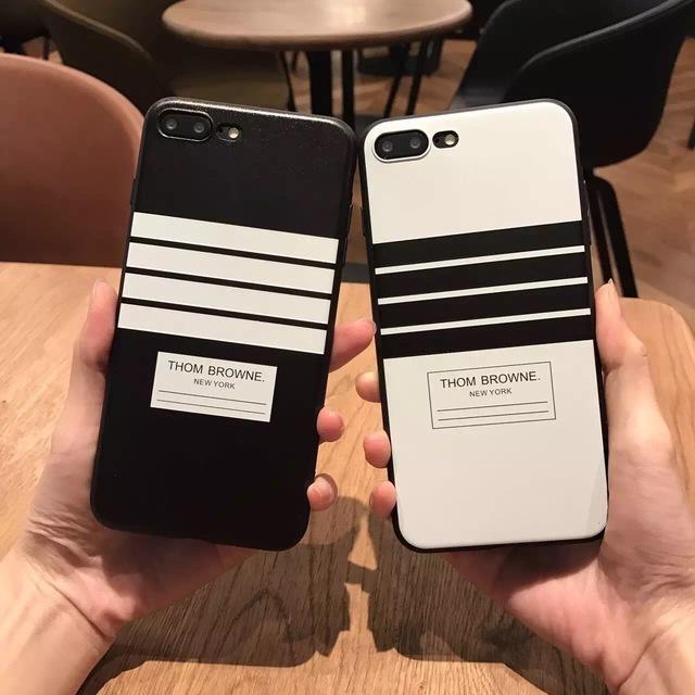 アイフォーン8plus ケース バンパー | ボーダー モノトーン ブラック iPhone ca135139の通販 by Sweet Angel|ラクマ