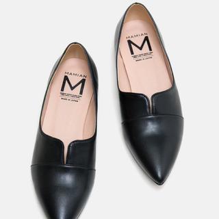 マミアン(MAMIAN)のパンプス黒(ローファー/革靴)