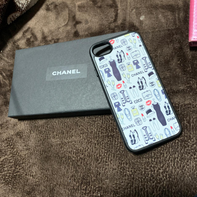 iphone7 ラメケース | CHANEL - CHANEL iPhoneカバーの通販 by ❤︎愛❤︎'s shop|シャネルならラクマ