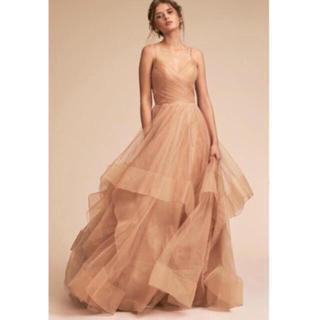 アンソロポロジー(Anthropologie)の新品未使用タグ付き BHLDNベージュバックシャンカラードレス (ウェディングドレス)