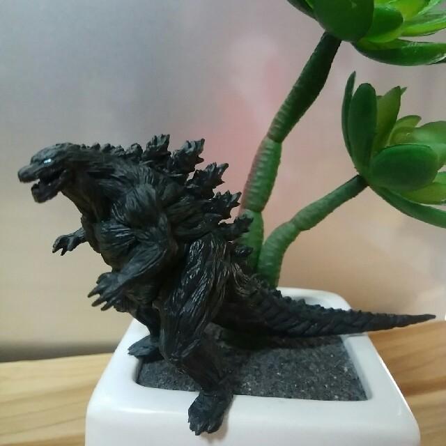 フィギュア 塗装 | Godzilla(フィギュア)の通販 by 苺だいふく's shop|ラクマ