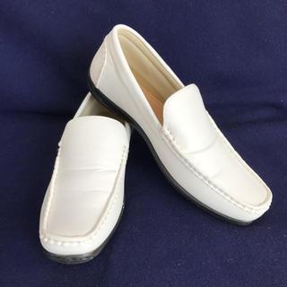 白い靴 25.5cm メンズ  ドライビングシューズ  デッキシューズ モカシン(デッキシューズ)
